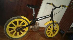 Vendo bicicleta infantil semi-nova