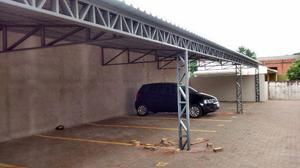 Cobertura ou telhados de garagem de casas ou condomínios de