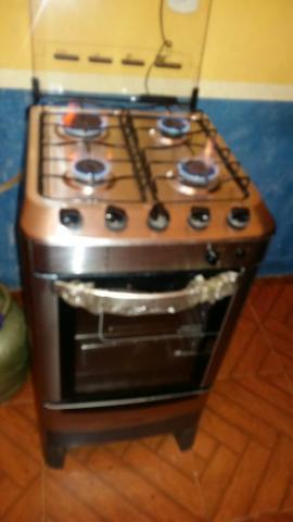 Fogão + geladeira +tanquinho