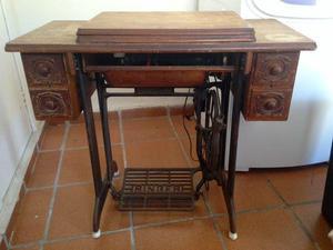 Máquina de costura singer anos 40