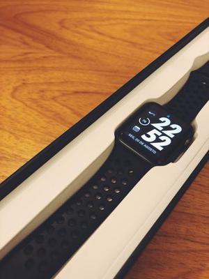 Apple watch serie 3 42mm - modelo nike