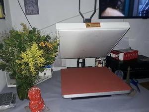 Prensa plana e prensa canecas