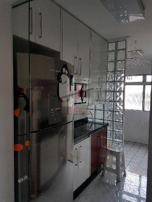 Apartamento · 70m2 · 3 quartos · 2 vagas