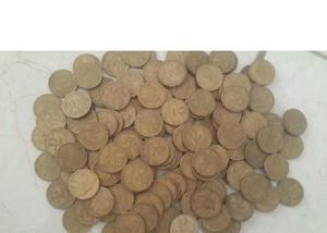 Compra e venda de moedas amarelas 1922 a 1956 r$40 o quilo