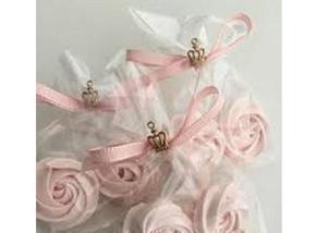 Rosas de suspiros e pirulitos de rosas de suspiros