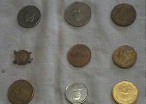 Vende-se moedas antigas estrangeiras