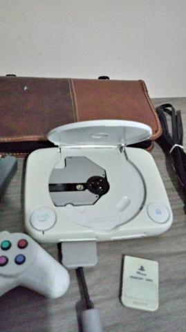 Playstation 1 + jogos + memory card