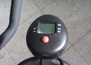 Bicicleta de spinning profissional c ajustes. usada em ótim