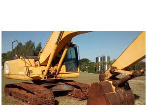 Escavadeira komatsu pc-200 - série 8 - ano 2008 com 13mil