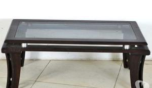 Mesa baixa retangular em madeira de ley e vidro 40x104x58cm