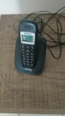 Vendo um aparelho telefone intelbras