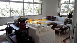 Apartamento · 230m2 · 3 Quartos · 3 Vagas