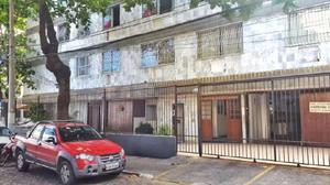 Apartamento com 2 Quartos para Alugar, 60 m² por R$ 200/Dia