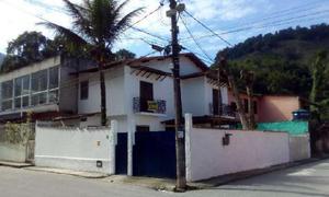 Casa com 2 quartos para alugar, 150 m² por r$ 1.600/mês