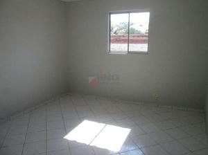 Casa com 2 quartos para alugar, 60 m² por r$ 1.400/mês