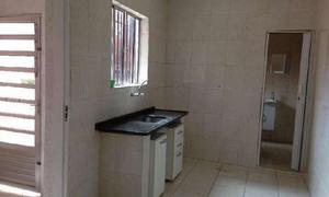 Casa com 3 quartos para alugar, 80 m² por r$ 1.300/mês
