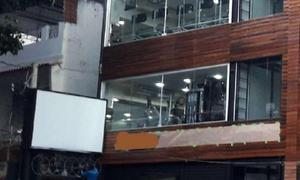Imóvel comercial com 10 quartos para alugar, 810 m² por r$