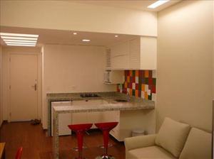 Apartamento com 1 quarto para alugar, 40 m² por r$ 200/dia