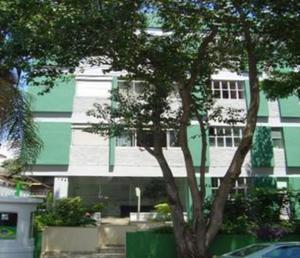 Apartamento com 1 quarto para alugar, 55 m² por r$
