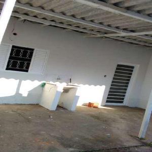 Casa com 1 quarto para alugar, 45 m² por r$ 850/mês