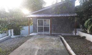 Casa com 3 quartos para alugar, 72 m² por r$ 1.280/mês
