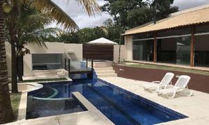 Casa de condomínio com 4 quartos para alugar, 330 m² por