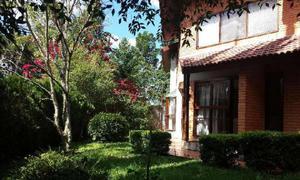 Casa de condomínio com 5 quartos para alugar, 363 m² por