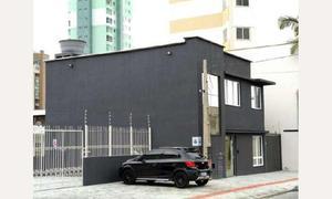 Imóvel comercial com 6 quartos para alugar, 207 m² por r$