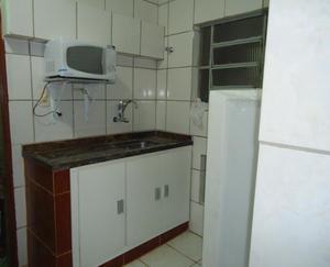 Kitnet com 1 quarto para alugar, 30 m² por r$ 700/mês