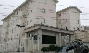 Apartamento com 2 Quartos à Venda, 42 m² por R$ 139.900