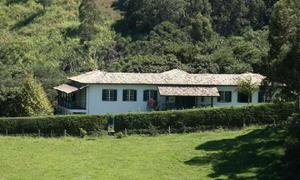 Fazenda/sítio com 7 quartos à venda, 800 m² por r$
