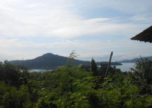 Terreno com vista p mar em paraty rj.