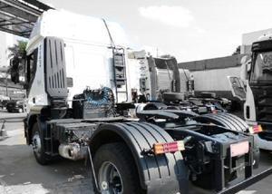 Caminhão iveco stralis 360 com entrada a combinar + parc.