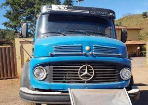 Mercedes-bens 1313 ano 1976 caçamba 5 metros