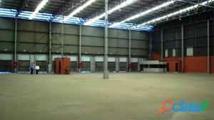 Aluguel de galpao – 5.120 m2   20 docas cobertas   condominio logístico   pavuna