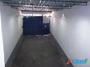Aluguel de galpão   benfica   320 m2   reformado