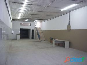 Aluguel de galpão benfica 500 m2 reformado
