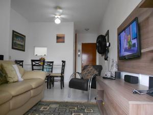 Apartamento com 2 quartos para alugar, 75 m² por r$ 300/dia