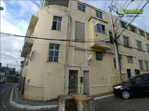 Apartamento com 3 quartos para alugar, 72 m² por r$