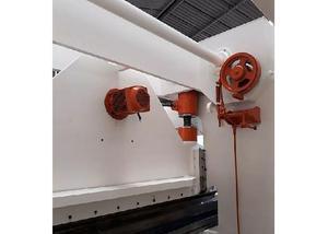 Prensa viradeira dobradeira newton 3m x 150 ton 8mm