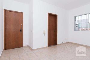 Apartamento, castelo, 2 quartos, 1 vaga, 0 suíte