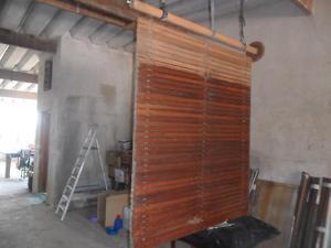 Persianas externas em madeira antigas à venda