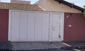 Casa com 3 quartos à venda, 130 m² por r$ 410.000