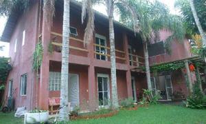 Casa de condomínio com 5 quartos à venda, 250 m² por r$
