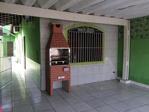 Aluga casa 3 dormitório sendo uma suite