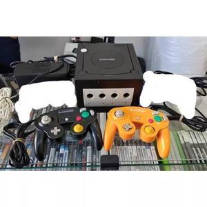 Game cube + 2 controles originais + jogo + fonte + cabo