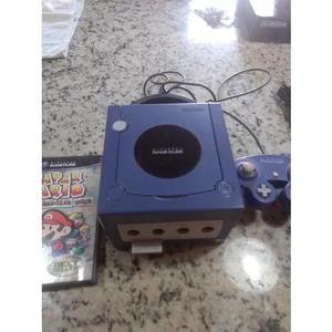 Nintendo game cube roxo