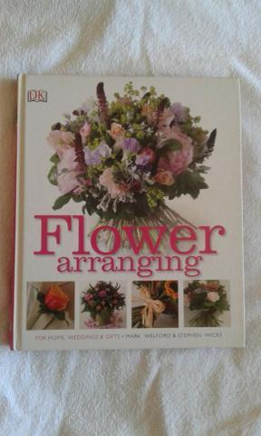 Flower arranging - como fazer arranjos florais