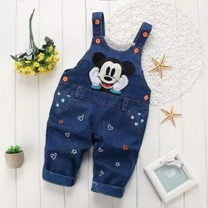 Macacão jeans jardineira jeans mikey criança menino disney