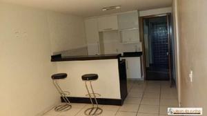 Apartamento com 1 quarto para alugar, 40 m² por r$ 800/mês